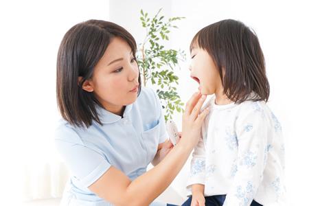 乳歯がグラグラした場合の対処法