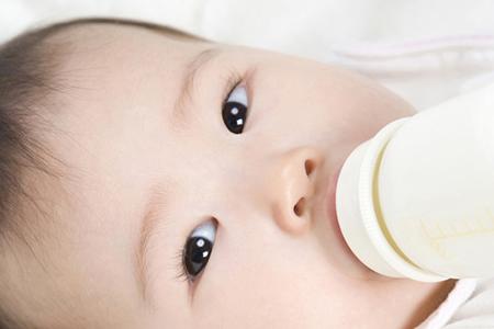 赤ちゃんの成長に合わせたケア方法